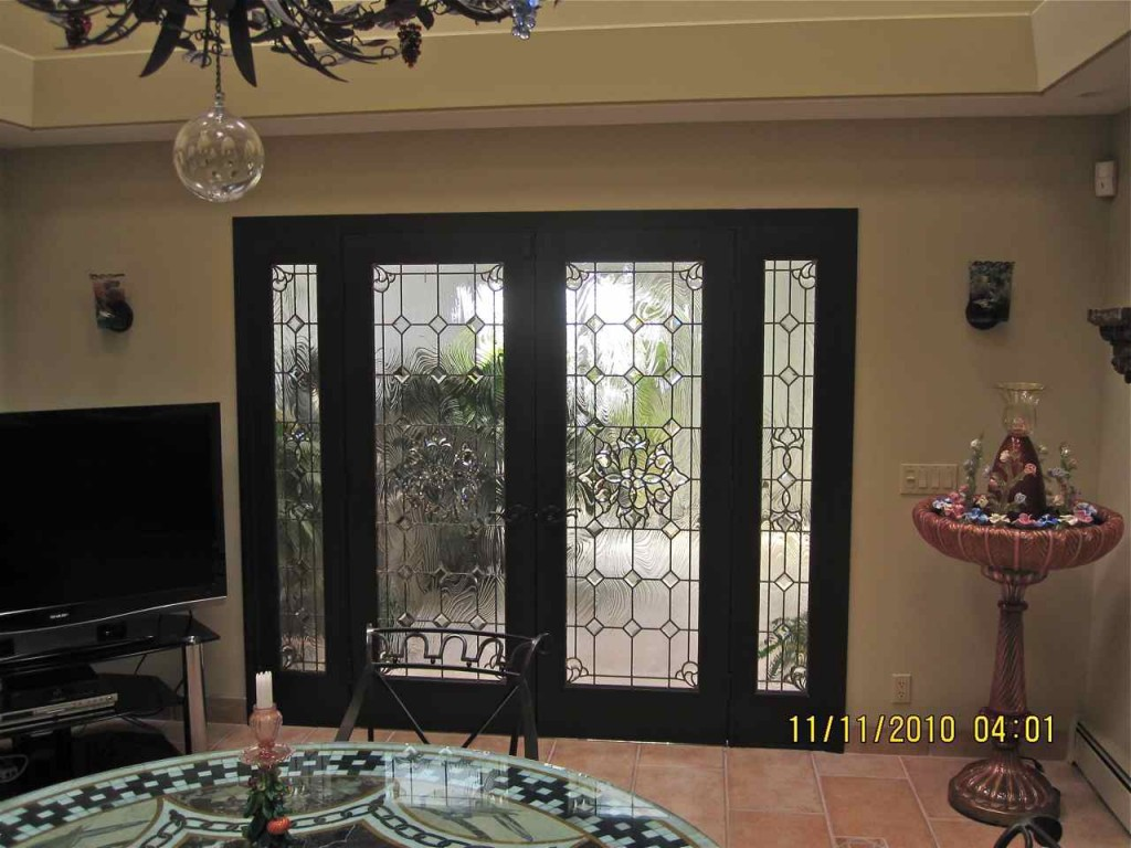 Beveled Glass Sans Soucie Art Glass