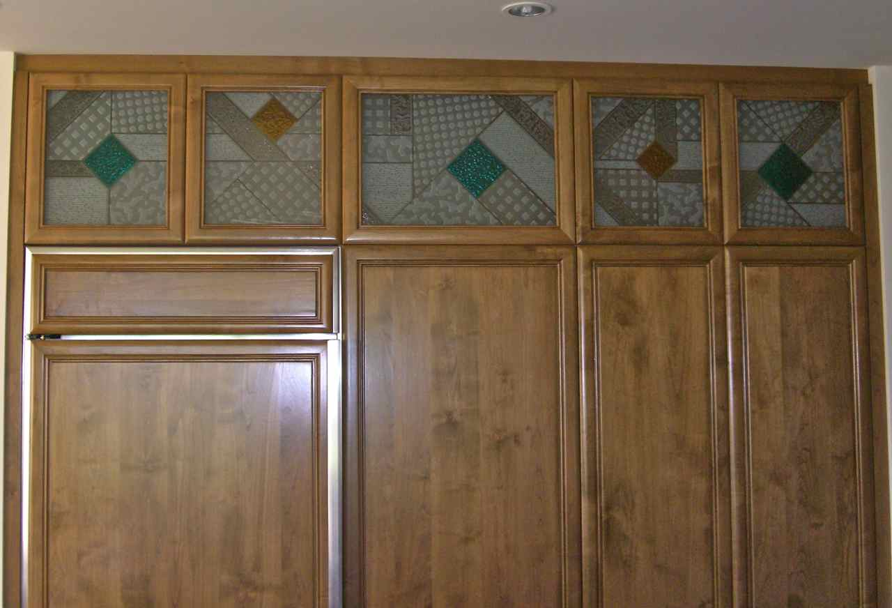 Kitchen Cabinets Glass Inserts