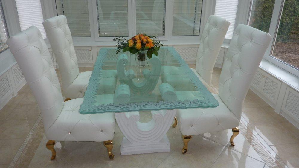 tables sans soucie art glass