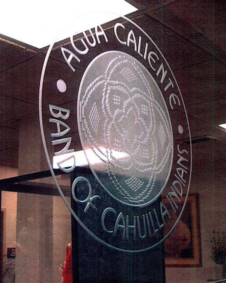Agua Caliente (similar look)