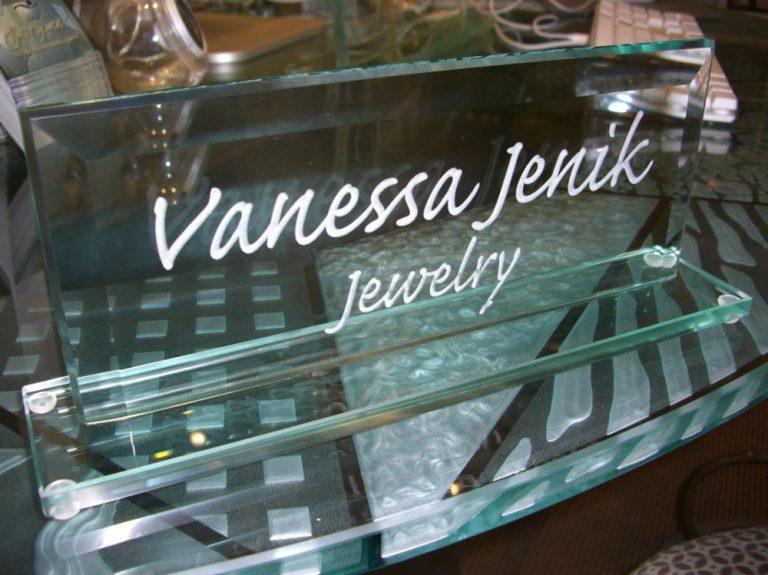 Vanessa Jenkins (similar look)