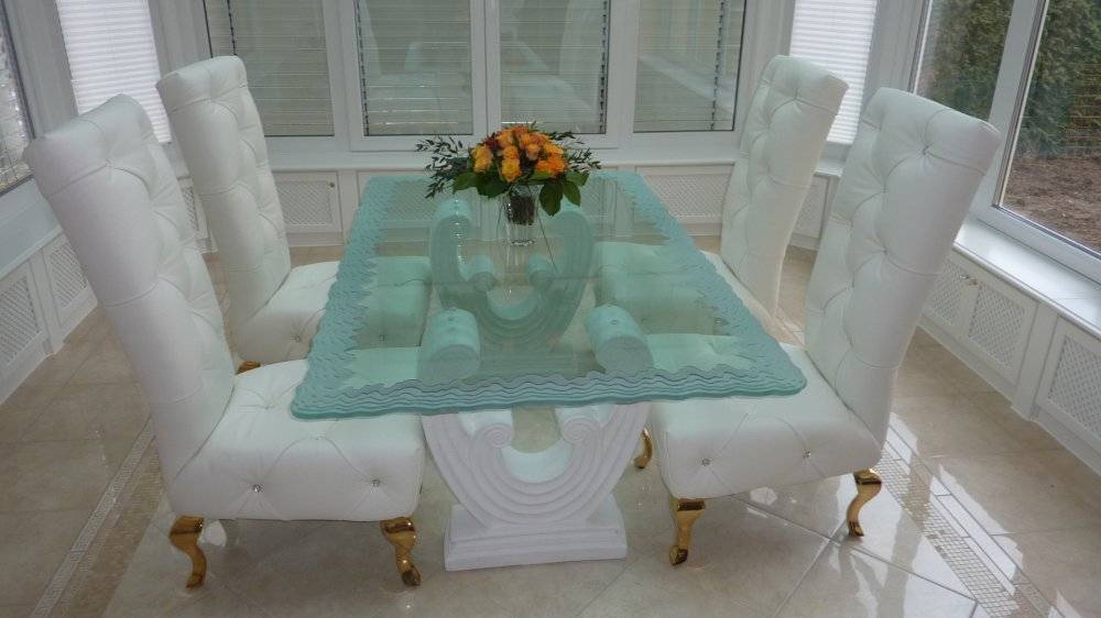 Create Memories Around an Exquisite Glass Dining Room Table ...