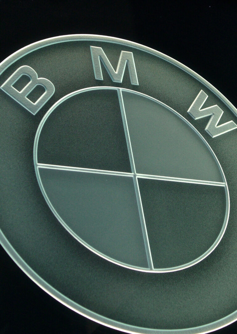 BMW (similar look)