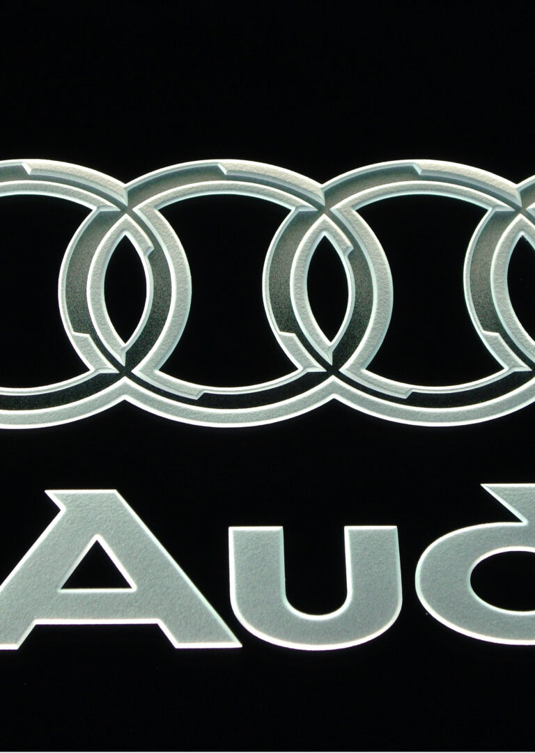 Audi (similar look)