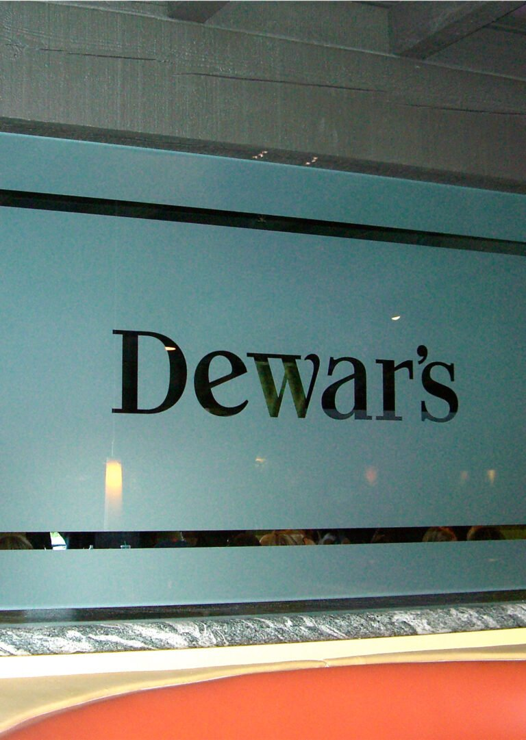 Dewar's (similar look)