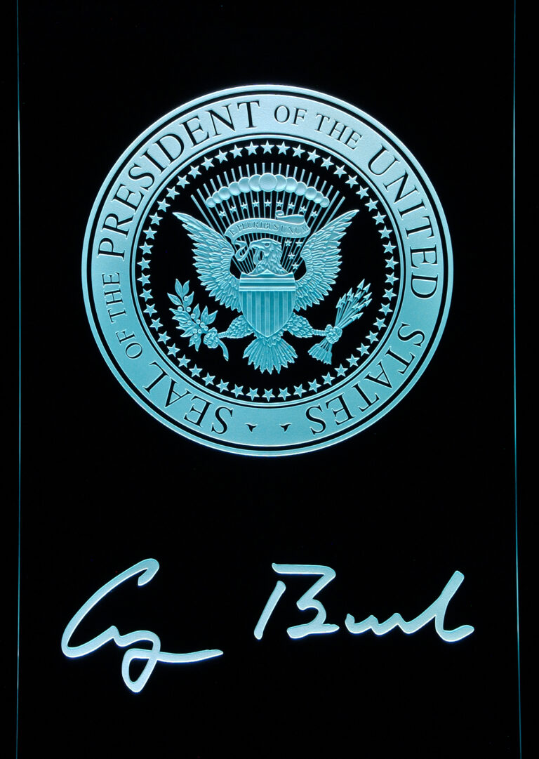 U.S Presidential Seal (similar look)