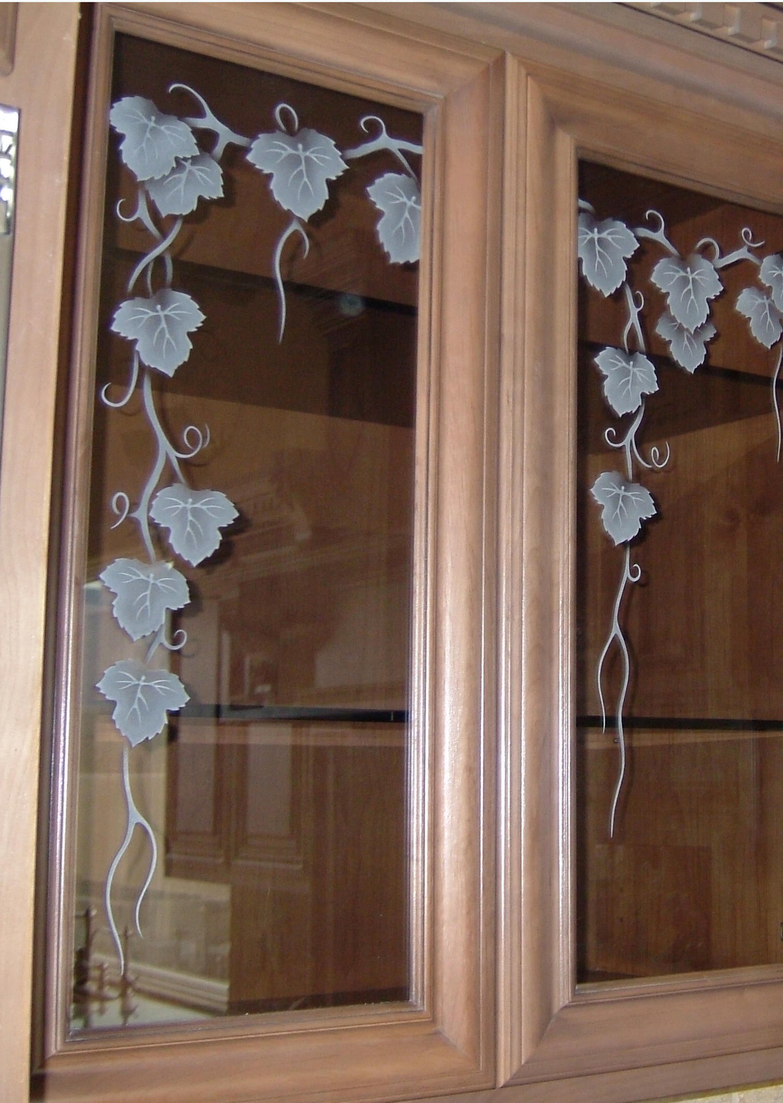 Vineyard Grapes Ivy
